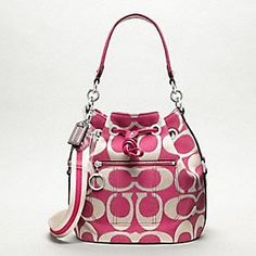 Coach bags are my addiction.....(have this one too :)  )