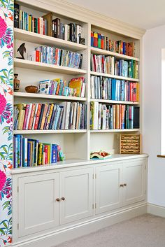 Google Image Result for http://markrhodesfurniture.co.uk/wp-content/uploads/2012/05/alcove-bookcase-side-chown.jpg