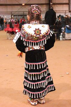 jingle dress #PowWow #Native Beautiful Culture!