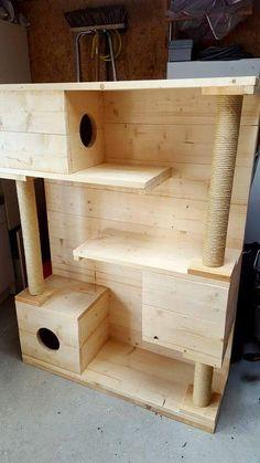 Arranhador de gatos de madeira