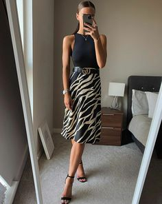 Summer Work Outfits, Night Outfits, Classy Outfits, Stylish Outfits, Outfit Summer, Work Fashion, Fashion Looks, Fashion Outfits, Women's Fashion