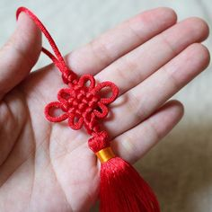 Knotting kit and free tutorial Red Chinese Knot by silvapang, $6.90