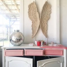 A sponsored post created in partnership with Ace Hardware & the brand of chalk paint I've been using for years anyway: Amy Howard at Home®One Step Paint™ You know those TV shows where t…