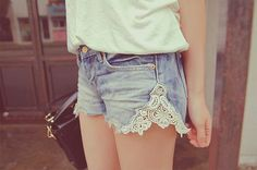 Lace edged cutoffs - I have a pair of old jeans I may try this with!