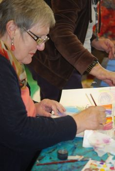 Abstract art courses for adults at Faux Arts in Pewsey, Wiltshire