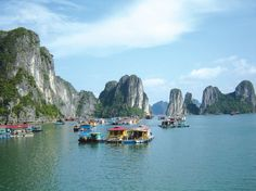Most people traveling to #HalongTours prefer staying overnight on boat than staying at a hotel. Here hotels are very nice with good services and sea view.
