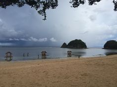 Twin Rock Resort, Catanduanes, Philippines <after the rain & low tide>