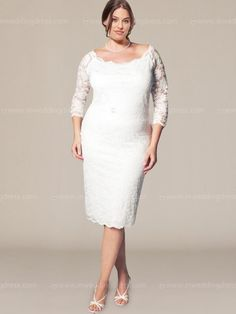 Short  wedding dress features in lace. Exquisite on or scoop details and  scalloped sleeves bestow just enough curiosity and coverage. This lace wedding dress follows the bride's figure naturally and comfortably. Fully lined.