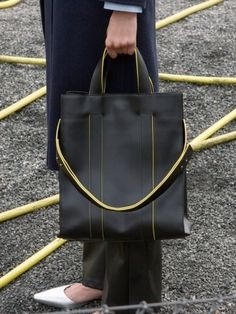 Minimalist Bags - My Minimalist Living Shopper Bag, Tote Bag, Minimalist Bag, Minimalist Living, Leather Bag Design, Men's Totes, Cute Purses, Brown Bags, Laptop Bag