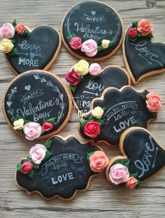 What could be better Valentines Day gift than some adorable Valentines Day Cookies? So here are some cute valentines day cookies for you. Valentines Baking, Valentines Day Cookies, Valentines For Kids, Holiday Cookies, Valentine Nails, Valentine Ideas, Iced Cookies, Cupcake Cookies, Sugar Cookies
