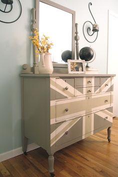 gray union jack dresser
