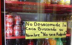 El divertido cartel en la heladera de un negocio que es furor en las redes sociales #CocaCola