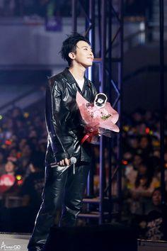 160528 G-Dragon - VIP Fanmeeting in Kobe