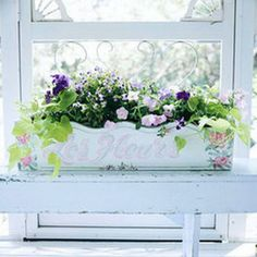 Flores en la ventana   EstiloyDeco