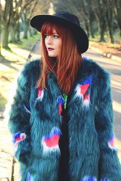 NWT $299 Story of Lola Green Peacock Polka Dot Shaggy Faux Fur Coat Jacket S ASO