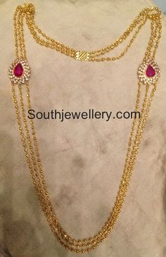 Simple and light weight gundla haram with three strings of gold beads chains attached to tear drop shaped motifs on either side studded with central ruby and surrounded by shining CZ stones. Gold Haram Designs, Gold Earrings Designs, Necklace Designs, Gold Designs, Light Weight Gold Jewellery, Gold Jewelry Simple, Gold Chain Design, Gold Jewellery Design, Designer Jewellery