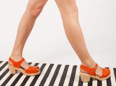 New orange peep toe clogs #lottafromstockholm #clogs #lottas