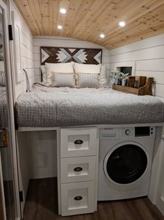 Converted school bus is a cozy tiny home on wheels tinyhome Converted school bus camper is a cozy t&; Converted school bus is a cozy tiny home on wheels tinyhome Converted school bus camper is a cozy t&; Epploreen […] Homes On Wheels kitchen Bus Living, Tiny House Living, Cozy House, Living Rooms, Tiny House Bedroom, Small Living, School Bus Tiny House, Old School Bus, Casas Trailer