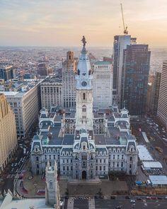 City Hall Station, Paris Skyline, New York Skyline, Philadelphia City Hall, Street Run, Visit Philly, Amazing Architecture, City Lights, America