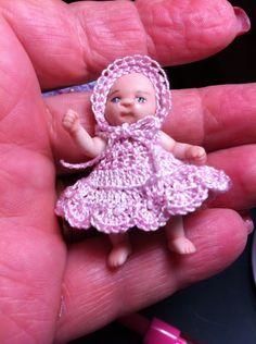 Crochet dress for little girl Little Girl Dresses, Little Girls, Crochet Hats, Miniatures, Fashion, Knitting Hats, Moda, Toddler Girls, Fashion Styles