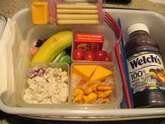 The Houston Money Mom, Stephanie Click, shared this awesome idea with us on the show today. It looks like FUN!  -Coppelia  This mom is amazing at making lunches for her 1st grader - over 100 images..will need this one day :)