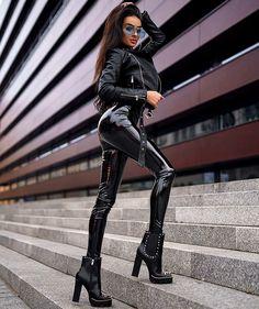 Фото хеталия женщины в латексной одежде и сапогах видео милые
