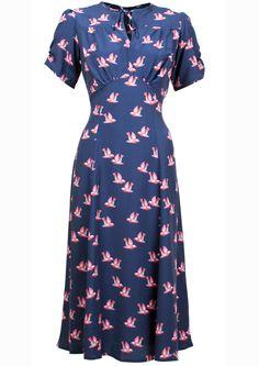 Vintage Fashion: Tea Dress - Little Bird Moda Vintage, Vintage Wear, Vintage Looks, 1940s Dresses, Vintage Style Dresses, 1940s Fashion, Vintage Fashion, Club Fashion, Retro Outfits