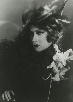 "Gloria Swanson in ""Queen Kelly"" (1929)"