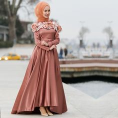 Tuay - Çiçek Detaylı Turuncu Tesettür Abiye Elbise 2388T #hijab #naylavip #hijabi #hijabfashion #hijabstyle #hijabpress #muslimabaya #islamiccoat #scarf #fashion #turkishdress #clothing #eveningdresses #dailydresses #tunic #vest #skirt #hijabtrends