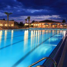 La piscina olimpionica outdoor.