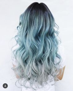50 natürliche Balayage Haarfarbe Ideen 50 natural balayage hair color ideas Mega Natural Balayage And Ombre Trendy Lila Balayage H Mint Hair Color, Teal Hair, Cool Hair Color, Turquoise Hair, Blonde Hair, Green Hair, Silver Hair, Light Blue Ombre Hair, Pastel Hair Colors
