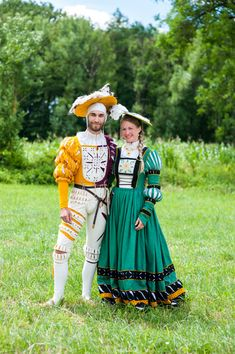 Landsknecht and wife by Fridl. Renaissance Fair Costume, Renaissance Fashion, Renaissance Clothing, Historical Costume, Historical Clothing, Historical Dress, German Fashion, European Fashion, German Costume