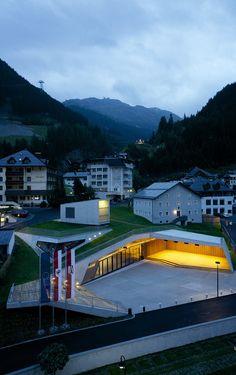 Gallery of Kulturzentrum Ischgl / Parc Architekten - 7