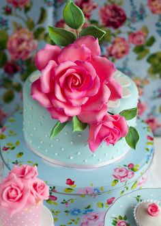 Lulu's Sweet Secrets: Rose Water and Pistachio Cake to Celebrate! Gorgeous Cakes, Pretty Cakes, Cute Cakes, Amazing Cakes, Fancy Cakes, Mini Cakes, Cupcake Cakes, Take The Cake, Love Cake