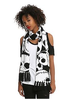 Chilled to the bone? // The Nightmare Before Christmas Jack Head Knit Scarf
