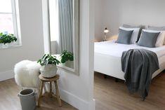 Bedroom Hacks, Ikea Bedroom, Closet Bedroom, Home Bedroom, Bedroom Decor, Attic Apartment, Apartment Interior, Master Bedroom Design, Bean Bag Chair