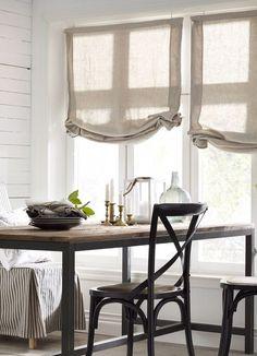 Австрийские шторы (42 фото): представительность и романтичность в одном решении http://happymodern.ru/avstrijskie-shtory-42-foto-predstavitelnost-i-romantichnost-v-odnom-reshenii/ Льняные австрийские шторы - идеальны для интерьера в эко-стиле