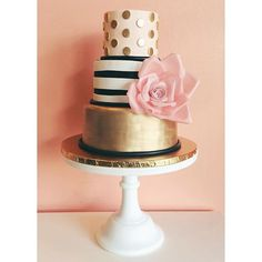 Kate Spade inspired gold and blush cake with wafer paper flower / 2tarts Bakery / www.2tarts.com