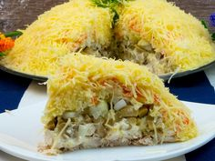 """Salată """"Frumusețe"""" – o salată în straturi cu un gust fin și de neuitat! Good Food, Appetizers, Tasty, Meat, Chicken, Cooking, Recipes, Kitchen, Appetizer"""