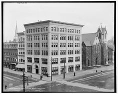 Built bythe construction company,  Dodge and Devanny,  Berkshire County Savings Bank, Pittsfield, Mass.  Circa 1903, corner of North and East Streets.