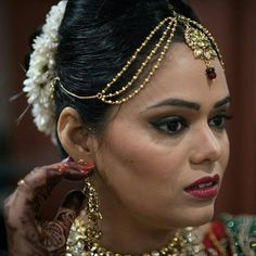Varanasi India  #wedding #love #photo #happy #photooftheday #india #indianwedding #summer #fun #nevesta #weddingphoto #weddingphotography #weddingphotographer #svatebnifotograf #svatba #destinationweddingphotographer #realwedding #hochzeitsfotografwien #hochzeitsfotografmünchen #svatebnifotografpraha #svatebnifotografbrno #engaged #thedailywedding #bridestory #bridestyle #instamood #instawedding #gonzalobell Varanasi, India Wedding, Wedding Moments, Summer Fun, Crown, Happy, Instagram Posts, Fashion, Moda