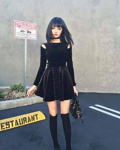 This will be /perfect/ for my OC Alyssa's other outfit