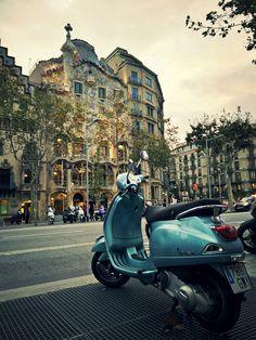 Around The Worlds, Street View, Explore, Exploring