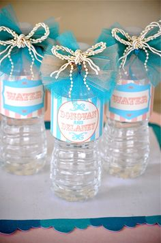 Cute idea for the water bottles! :) it's all about the little touches ;)
