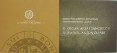 Invitación y Protocolo con tintas UVI y dorado, papel iridiscente y cordón dorado.