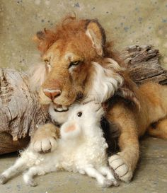 needle felted lion and lamb - Google Search