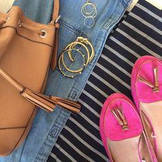Instagram @headedoutthedoor #ootd | #gap shirt and pants | #targetstyle shoes and necklace | #oldnavy handbag | #jcrew bracelet | #cwonder bracelets #Padgram