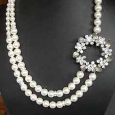 Vintage+Wedding+Necklace+Rhinestone+Brooch+Bridal+by+luxedeluxe,+$124.00