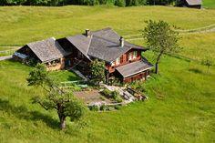 Traditional Swiss home in the Jungfrau region - Switzerland