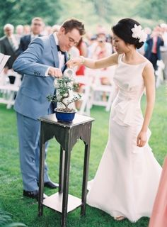 Bride and Groom Bonsai Tree Ceremony | photography by http://www.claryphoto.com